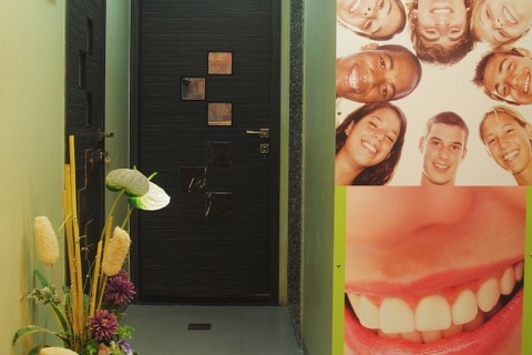 dental-clinic-designs-goa-cochin-jaipur.jpg